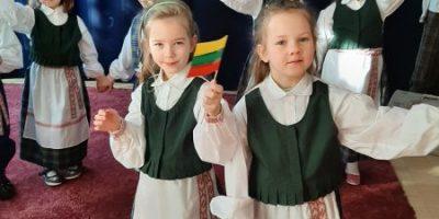 Priešmokyklinukų sveikinimai Lietuvai!